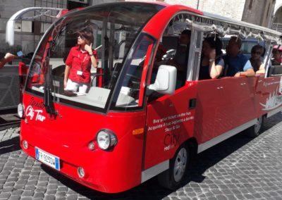 Foto minibus a Spoleto-City Red Bus12